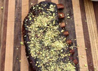 Pistachio crusted spare ribs
